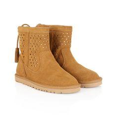 UGG Australia Tan Suede Kaelou Boots