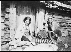 kvinne mann stølshus trekipe bær aure