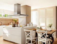 Bright and beautiful home in Spain Source: Adorable Home Kitchen Living, Kitchen Decor, Kitchen Design, Beautiful Kitchens, Cool Kitchens, Cool Tables, Interior Decorating, Interior Design, Dream Decor