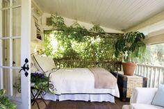 cottage-feeling-porch