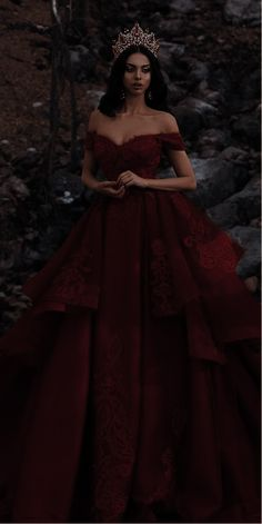 Royal Ball Gowns, Princess Ball Gowns, Royal Dresses, Quince Dresses, Red Ball Gowns, Cute Prom Dresses, Ball Dresses, Elegant Dresses, Pretty Dresses