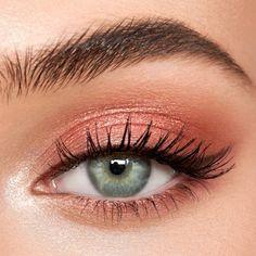 Peach Eye Makeup, Pink Eye Makeup Looks, Light Makeup Looks, Makeup For Green Eyes, Pink Makeup, Natural Makeup Looks, Soft Eye Makeup, Natural Eyeshadow Looks, Easy Makeup Looks