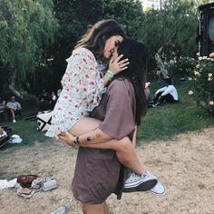 Lesbian Goals - LGBT Relationship and Couple Goals Cute Lesbian Couples, Lesbian Pride, Lesbian Love, Cute Couples Goals, Couple Goals, Cute Gay, Gay Couple, Mädchen In Uniform, Jean Ferrat