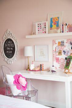Sweet + girly office:  Photography: Dana Tolbert - http://www.danatolbert.com/photography.html