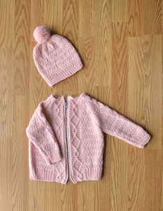 Ravelry: Cozy Kid Set pattern by Universal Yarn Baby Cardigan Knitting Pattern, Knitted Baby Cardigan, Toddler Sweater, Baby Knitting Patterns, Baby Patterns, Knitted Hats, Knitting For Kids, Crochet For Kids, Free Knitting