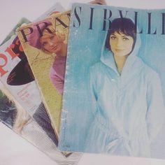 ... und ein paar Modezeitschriften mit Schnittmustern aus den 60-80iger Jahren ... Beim Anblick der Fotos bekommt man Lust aufs Nachnähen, beim Blick aufs Schnittmuster vergeht einen die Lust - totales Linien-Chaos auf dem Papier  #nähenistliebe #nähblogger #nähenmachtglücklich #nähenistmeinyoga #nähenfetzt #nähen #nähenisttoll #stoffliebe #mode #vintagestyle #vintagefashion #fashion