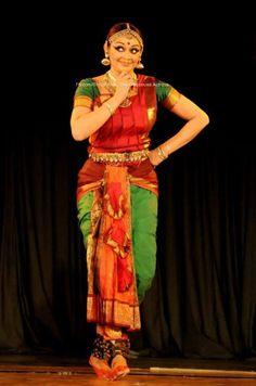 """ a knowing look! Folk Dance, Dance Art, Ballet Dance, Modern Dance Photography, Wedding Wishlist, Indian Classical Dance, Costumes Around The World, Child Art, Girl Dancing"