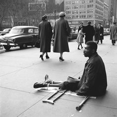 Nanny and street photographer Vivian Maier captured photos on the streets of New York and Chicago from 1949-2000.
