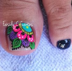 Do the background white & the rest of the toes white Uñas Decoradas ? Feet Nail Design, Toe Nail Designs, Nail Polish Designs, Pedicure Nail Art, Toe Nail Art, Nail Manicure, Cute Toe Nails, Love Nails, Pretty Nails