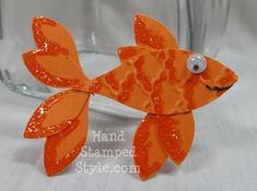 Blossom Petal Punch Fish Art from Stampin Up! this takes imagination! Scrapbooking, Scrapbook Paper Crafts, Scrapbook Cards, Paper Punch Art, Punch Art Cards, Origami, Craft Punches, Owl Punch, Kids Cards