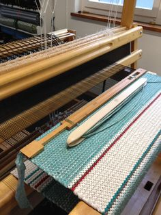 Veegi Textiles, Rag Rugs, Weaving Projects, Loom Weaving, Weaving Techniques, Woven Rug, Rug Making, Fiber Art, Carpet