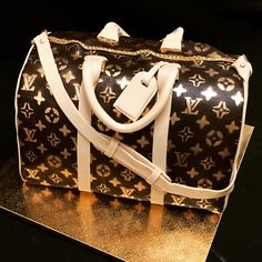 Everyone Loves a Louis Bag... or CAKE!