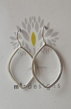 Leaf Earrings - medium   Cargoh