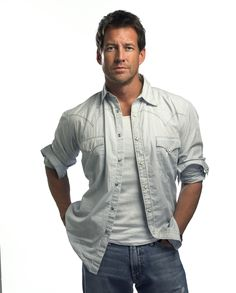James Denton but because of desperate housewives he'll always be known as mike:)