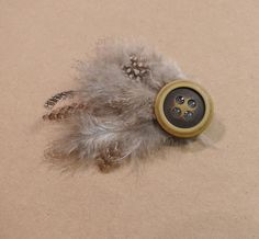 make your own feathered clip