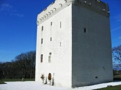 For a week or weekend you can be king or queen of your very own castle when you book this Medieval castle for the Scottish holiday you have always dreamed of. Scottish Holidays, Medieval Castle, House Party, Lovely Things, Glasgow, Outlander, West Coast, Scotland, Kitchens