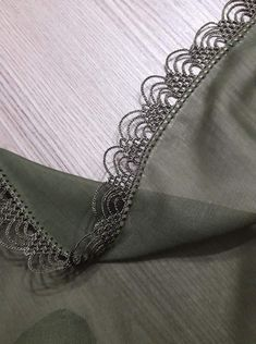 Crochet Borders, Filet Crochet, Crochet Motif, Crochet Lace, Crochet Patterns, Embroidery Suits Design, Booties Crochet, Needle Lace, Sewing Crafts
