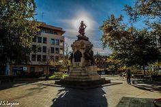 Plaza del Portillo, monumento Agustina de Aragón, Zaragoza España. foto jsLázaro