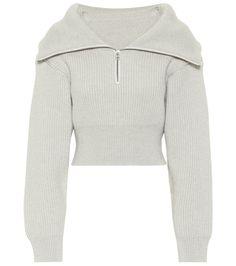 Merino Wool Sweater, Wool Sweaters, Pull Gris, Jacquemus, Knit Shorts, Streetwear Fashion, Hooded Jacket, Street Wear, Women Wear
