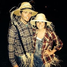 What Jaxin & I are going as! Easy Couples Costumes, Easy Couple Halloween Costumes, Scarecrow Costume, Cute Halloween, Holidays Halloween, Halloween Crafts, Halloween Makeup, Halloween Ideas, Farm Costumes