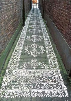 Lace grafitti, would look nice in my driveway.