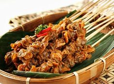 Resep Kerang : Sate Kerang Bumbu Pedas Sate Padang, Baby Food Recipes, Great Recipes, Indonesian Cuisine, Tasty, Yummy Food, Grilled Meat, Fish And Seafood, Street Food