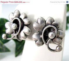 Sale Vintage STERLING 4 LEAF CLOVER Earrings Screw On Back Silver Mid Century Mod