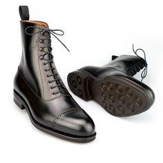 Chelsea Boots – Men's Shoes Dress With Boots, Dress Shoes, Black Shoe Boots, Cool Boots, Men's Boots, Best Shoes For Men, Shoes Men, Mens Boots Fashion, Casual Boots