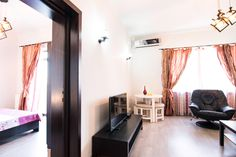 Exquisite views & stylish apartment on Calea Victoriei, next to Grand Continental Hotel Serviced Apartments, Bucharest, Vacation Rentals, Lodges, Old Town, Stylish, Furniture, Home Decor, Old City