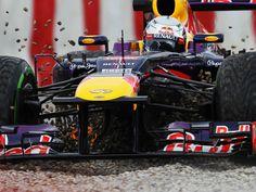 Sebastian Vettel in the gravel (Barcelona, 01-03-2013)