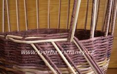 tvorba - Pletení z papíru - Uzavírka třípárová - dvoubarevná Outdoor Chairs, Outdoor Furniture, Outdoor Decor, Basket, Wall, Handmade, Tutorial, Home Decor, Craft