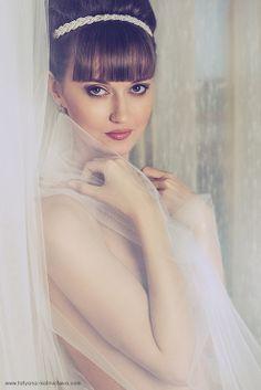 http://tatyana-kalinicheva.com/index.php/folio/wedding-photos/wedding-photo-3