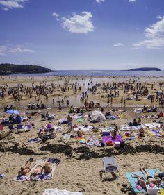 Le sable doux, la mer rafraîchissante, l'horizon à l'infini, un concours de sculptures de sable... Petits et grands vivent pleinement les joies de l'été à la plage du parc New River Beach. http://www.tourismenouveaubrunswick.ca/Produits/N/Parc-provincial-New-River-Beach.aspx?utm_source=pinterest&utm_medium=owned&utm_campaign=tnb%20social