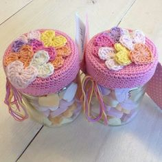 Haken Crochet Cup Cozy, Diy Crochet And Knitting, Crochet Art, Love Crochet, Crochet Gifts, Beautiful Crochet, Amigurumi Patterns, Crochet Jar Covers, Crochet Dolls