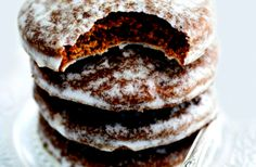 Így nem fogod elrontani a mézescsókot Bakery Recipes, Cookie Recipes, Dessert Recipes, Christmas Snacks, Xmas Food, Xmas Desserts, Ginger Cookies, Baking And Pastry, Winter Food