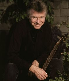 Dave Edmunds is 71 today Dave Edmunds, Trivia, Music, Watch, Youtube, Musica, Musik, Clock, Quizes