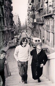1970 - Joan Manel Serrat al carrer Poeta Cabanyes