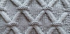 Patterned Vest Models 2019 This, in my opinion, definitely should not escape those who want to weave Lace Knitting, Knitting Stitches, Knitting Designs, Knitting Patterns, Stitch Patterns, Crochet Cross, Knit Crochet, Crochet Sweater Design, Cardigan Design