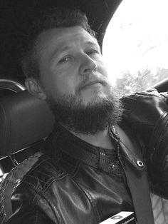 #BEARDS @ INSTAGRAM.COM Bearded Man Model