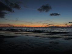 E chissà dove finisce il mare Dove non chiudi gli occhi per sognare Un pezzo di paradiso