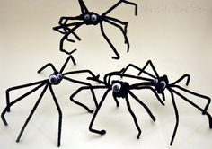 19 pipe cleaner spiders