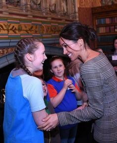 Girlguiding// Girl Guides Prince Harry And Meghan Markle Royal Wedding 19//05//2018