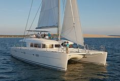 Lagoon 620 catamaran. 5 cabins, 10 + 2 berths. Available for charter in Italy and Turkey.