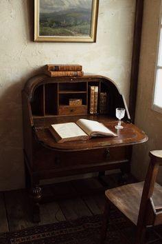 Writers Desk, Antique Writing Desk, Room Of One's Own, Dream Apartment, Home Goods, Furniture Design, Room Decor, Interior Design, Yamanashi