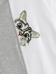 Shirt Embroidery, Embroidery Patterns, T-shirt Broderie, Cat Face, Simple Designs, Graphic Tees, Contrast, T Shirts For Women, Quilts