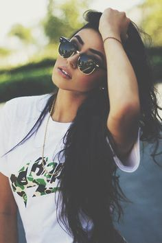 Ray Ban Clubmaster Cheap RayBan Clubmaster Sunglasses Outlet Sale From Discount RB Glasses Online. Style Hippie Chic, Gypsy Style, My Style, Swag Style, Style Hair, Bohemian Style, Ray Ban Sunglasses Outlet, Sunglasses Women, Clubmaster Sunglasses