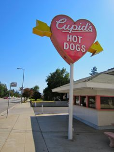 Cupid's Hot Dogs...The best chili dogs...,this San Fernando Vally institution,sits on Lindley Ave., across from California State University of Northridge (Where Shaun was in a masters program in Psychology...pulling a 4.0 ) I grew up at the opposite end of Lindley Ave., about 6-8 miles away. Cupids was a haunt of mine for 40 years...I miss it...almost as much as In A & Out Burgers!
