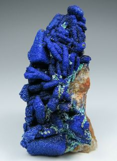 Azurite on Fluorite Minerals And Gemstones, Crystals Minerals, Rocks And Minerals, Stones And Crystals, Natural Gemstones, Pebble Mosaic, Crystal Magic, Beautiful Rocks, Crystal Collection
