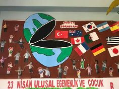 23 Nisan sınıf panosu English Activities For Kids, Back To School Activities, Multicultural Classroom, Diy And Crafts, Crafts For Kids, Lesson Plans For Toddlers, Kindergarten Art, School Decorations, We Are The World