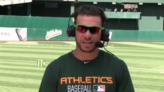 What makes playing right field in Oakland special? Oakland Athletics OF Danny Valencia knows. #ChattingCage  Full Show: http://atmlb.com/2aMP0FE